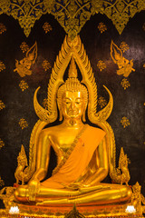 Phra Buddha Chinnarat at Phra Si Rattana Mahathat temple