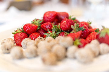 Fresh strawberries with coconut bites