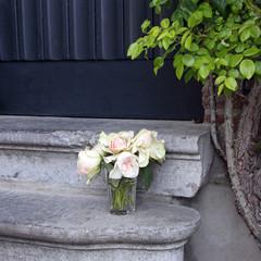 rosen an der haustür