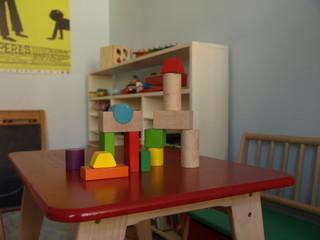 Spielecke mit Tisch
