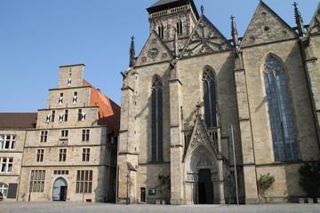 Die Marienkirche und das Standesamt