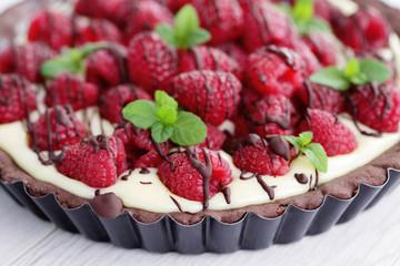 tart with raspberries