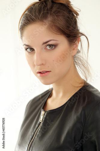 Серьезная женщина фото 11 фотография