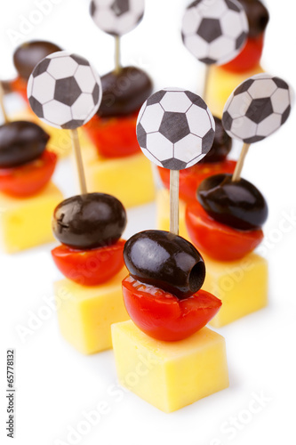 Fotobehang Kruidenierswinkel Fußball Party Snacks in Schwarz Rot Gold