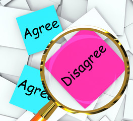 Agree Disagree Post-It Papers Mean Opinion And Point Of View