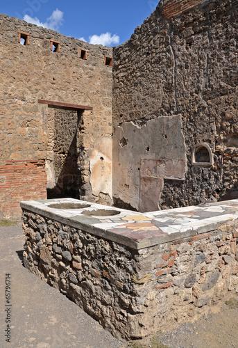Leinwanddruck Bild Ruins of ancient Roman city of Pompeii