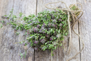 The dried thyme