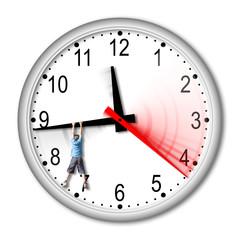 Orologio con ragazzo appeso - Clock with a hanging boy