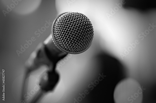 microphone - 65827747