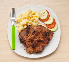 Argentinian steak with salad.