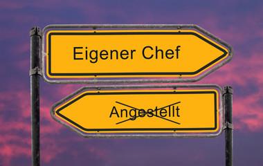 Strassenschild 22 - Eigener Chef