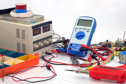 Elektronikerwerkstatt - 65844717