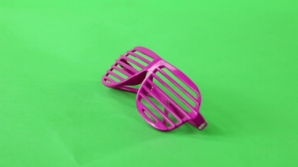 glasses turning on green screen