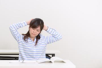 難問に直面する学生