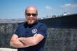 Homme 40s - Au mucem à Marseille