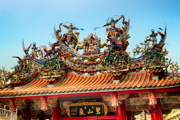 Decoration on the rooftop of a  Bishan Temple in Taipei.