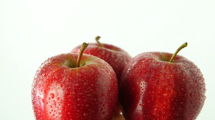 Three apples rotating