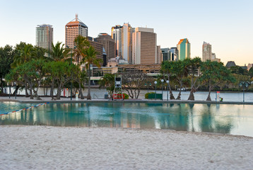 Brisbane, Streets Beach