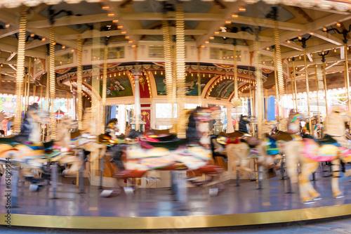 Papiers peints Attraction parc Carousel at Luna Park, Melbourne