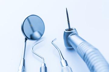 Zahnarzt Angstpatient mit Zahnschmerzen