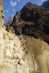 Tiger Leaping Gorge (hutiaoxia) near Lijiang, Yunnan Province, C