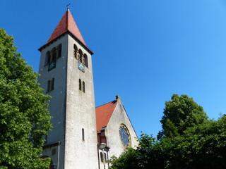Später Nachmittag mit blauem Himmel in Helpup bei Detmold