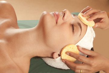 Beauty salon face cleansing and exfoliation