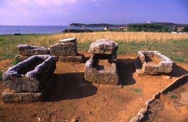 parco archeologico populonia golfo di baratti tombe etrusche