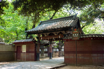The gate of Ueno Tosho-gu