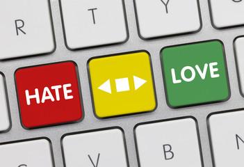 Love versus Hate, Keyboard