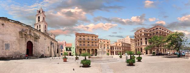 Plaza San Francisco de Asis, Cuba