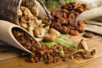 raisins , dried figs, dried apricots