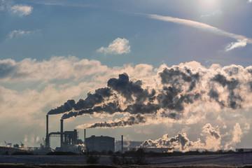 Blick auf ein Industriegebiet in Wismar.