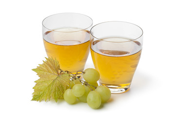 Fresh white grape juice