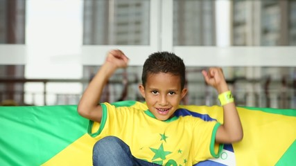 Brazilian Fan Boy celebrates at home