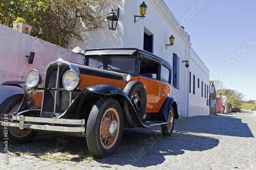 vintage car in Colonia street - 65973339