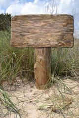 Schild am Strand