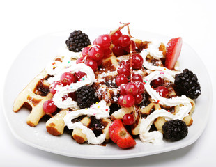 waffles with strawberry and blackberry