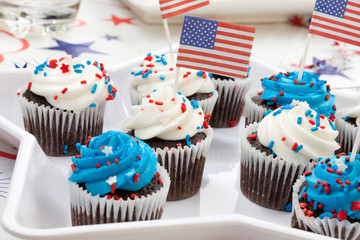 4th of July Chocolate Cupcakes