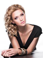 Portrait of a sensuality beautiful woman with fashion makeup.