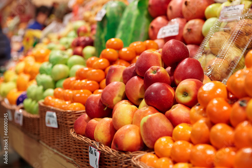 Foto op Aluminium Boodschappen Fruits on a farm market