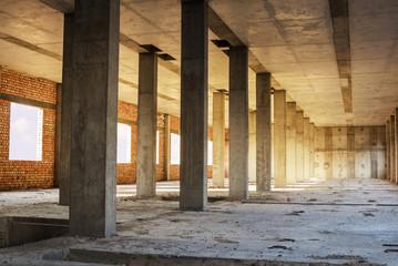 monolithic concrete columns