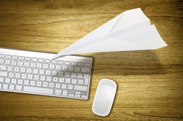 desktop paper plane