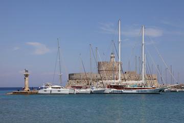 Mandraki Hafen von Rhodos, Griechenland