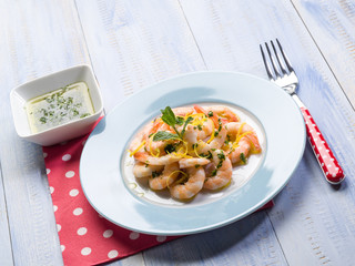 shrimp marinated with mint and lemon peel