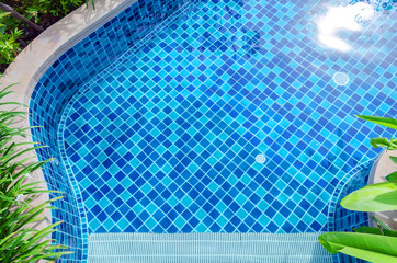 Swimming pool floors