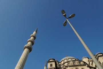 Yeni-Moschee, Istanbul, mit Laterne