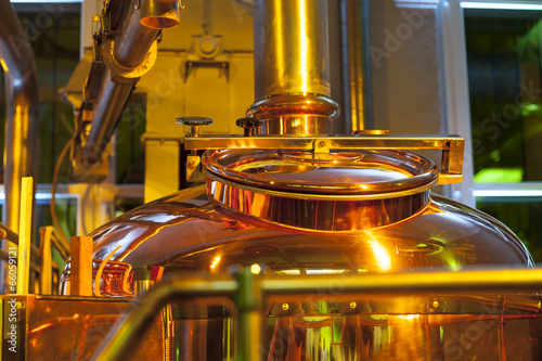 Plexiglas Berlijn Copper container for brewing..