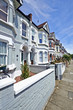 London street of early 20th century Edwardian terraced houses - 66075383