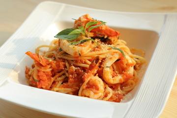 Spaghetti  seafood with tomato concasse